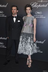 Elettra Wiedemann con un vestido estampado de Giambattista Valli colección Haute Couture Spring 2015.