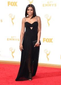 """Taraji P. Henson de la serie """"Empire"""" con un vestido negro de Alexander Wang."""