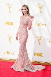 Giuliana Rancic con un vestido rosa con transparencias de Zuhair Murad.