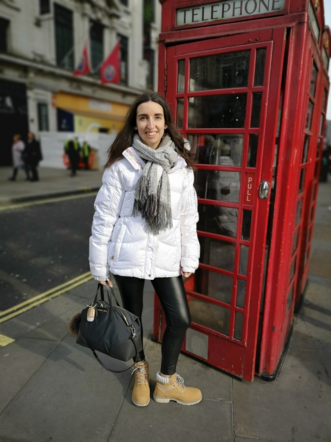 TRAVEL TIPS: WE ARE SHOPPING IN LONDON